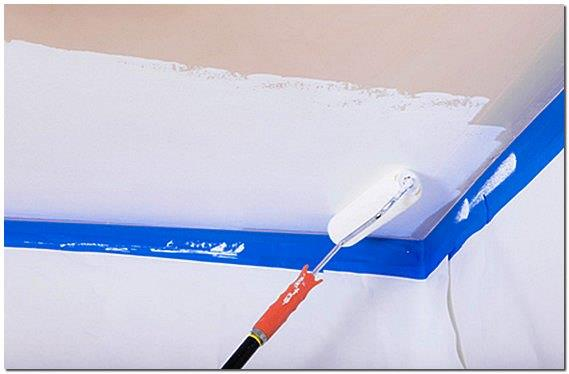 Как покрасить потолок краской